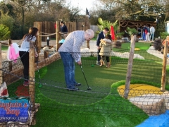 adventure golf london build