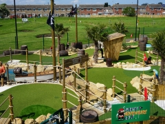 adventure golf pirate-two