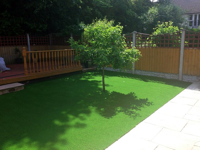 Artificial lawns at home